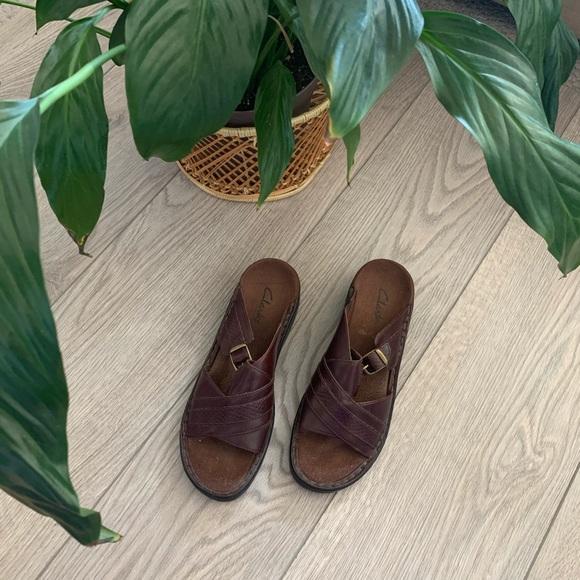 🌿 2/$25 ☼ clark's sandals ☼